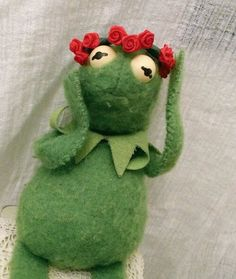 Kermit living through Solange's 'Cranes in the Sky'