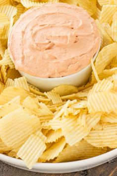 """The Best Potato Chip Dip recipe will have you questioning that """"no double-dipping"""" rule. POTATO CHIP DIP I love potato chips! Best Potato Chip Dip Recipe, Best Chip Dip, Dip For Potato Chips, Chip Dip Recipes, Appetizer Recipes, Snack Recipes, Cooking Recipes, Snacks, Appetizers"""