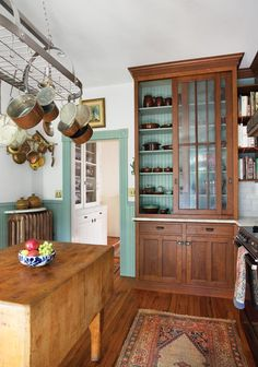 Vintage style oak kitchen cabinets from The Kennebec Company - photo by Eric Roth for Old-House Online - more photos of this kitchen: http://houzz.com/projects/150626/capitol-hill-historical-restoration