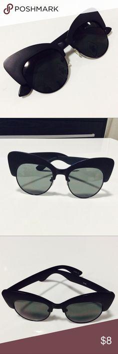 Matte Black Cat Eye Sunglasses Gypsy Warrior matte black cat eye sunnies! Accessories Sunglasses