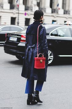 Paris_Fashion_Week-Fall_Winter_2015-Street_Style-PFW-Chanel-Rachel-Blue_TRench-