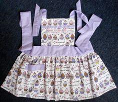 Avental infantil forrado e em tecido 100% algodão.