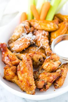 Air Fryer Chicken Wings are so crispy without any added oil! Cooking wings in an Air Fryer only takes 30 min, and you can toss them in your favorite sauce. Air Fry Chicken Wings, Frozen Chicken Wings, Chicken Wing Sauces, Cooking Chicken Wings, Chicken Wing Recipes, Air Fryer Oven Recipes, Air Frier Recipes, Air Fryer Dinner Recipes, Easy Healthy Dinners