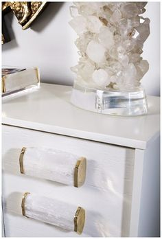 DIY Gemstone Drawer Pulls Diy drawers Totally awesome and Drawers