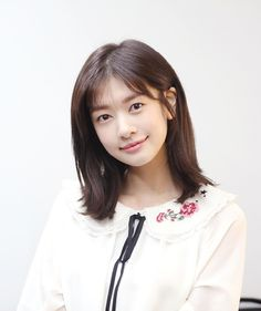 'This is the first time this life' Young Actresses, Actors & Actresses, She Wants Revenge, Playful Kiss, Jung So Min, Korean Actors, Korean Drama, Girl Crushes, Instagram Fashion