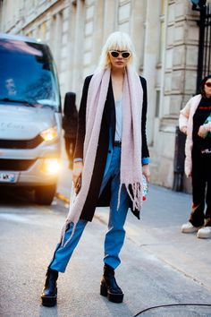 All eight days of PFW Off-duty style – Of The Minute