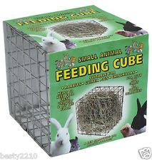 Hay feeding cube in different sizes