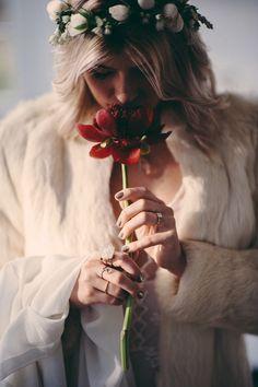 Wedding Photography Ideas : bohemian bride // photo by JBM Photography styling by Ash Huang Orzol ruffledbl Whimsical Wedding, Boho Wedding, Dream Wedding, Wedding Day, Forest Wedding, Woodland Wedding, Wedding Reception, Bohemian Girls, Bohemian Bride