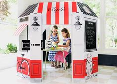 Little Play Spaces: Amazing Recycled Cardboard Castles and French Cafes for Kids