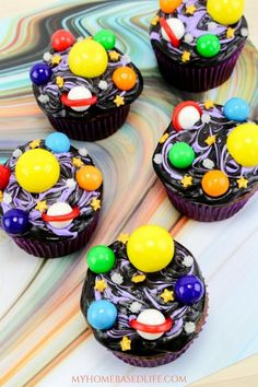 Galaxy Cupcakes - My Recipe Magic Cupcake Recipes, My Recipes, Dessert Recipes, Nutella Cupcakes, Cupcake Cookies, Cute Cupcakes, Galaxie Cupcakes, Köstliche Desserts, Desserts Galaxy