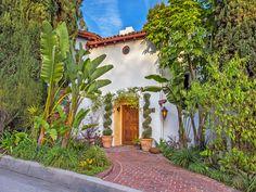 Romance Lives in Los Feliz Oaks, Los Angeles CA Single Family Home - Los Angeles Real Estate