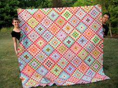 many trips around the world quilt pattern | Many Trips Around the World quilt (top) by Be*mused, via Flickr