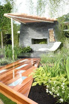 Small Trellis Garden for Pfizer at dublin flower show 2007 | Greentouch Landscapes