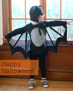 DIY spooky bat Halloween costume. I kind of love that the wings are see-through. #HotelT2