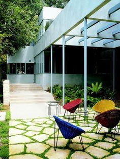 neutra in laurel canyon