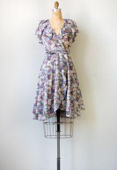 vintage 1970s Thornberry Thistle violet floral wrap dress #vintage