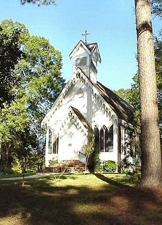 St Andrews Episcopal Church (ca1871) - Clinton, Louisiana