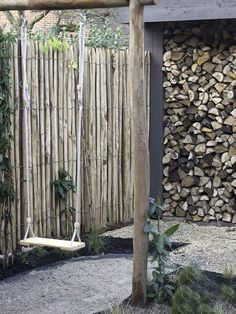 We made this playful and natural garden design for a city garden in Haarlem . Garden Cottage, Home And Garden, Urban Garden Design, Backyard Water Feature, Bamboo Fence, Mediterranean Garden, Natural Garden, Exterior, Fence Design
