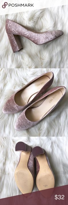 Nine West blush velvet heels size 9 the perfect heel for spring • pink velvet embossed with a baroque pattern • block heel • some wear to soles as shown, slight creasing of toes Nine West Shoes Heels