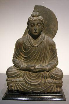 Gandhara Style Buddha, Greco-Buddhist art from ancien Indo-Greek kingdom of Gandhara,