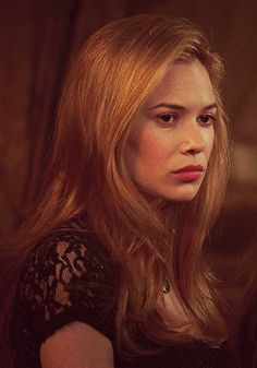 """Celina Sinden Gif Hunt """" Under the cut there are 575 gifs of Celinda Sinden as Greer of Kinross (except probably lie None of these gifs are mine. Reign Mary, Mary Queen Of Scots, Character Inspiration, Hair Inspiration, Celina Sinden, Marie Stuart, Caitlin Stasey, Tudor Costumes, Reign Fashion"""