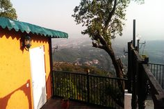 Jharipani Castle is a best place to comfort Accommodation in Mussoorie, Uttarakhand. Book Online mussoorie resorts on mall road and Hotel Room gets best deal with Jharipani Castle.