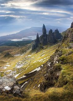 The Old Man Of Storr, Isle Of Skye,Scotland. Love the Isle of Skye. Oh The Places You'll Go, Places To Travel, Places To Visit, Voyage Europe, Scotland Travel, Highlands Scotland, Scotland Uk, Scotland Castles, To Infinity And Beyond