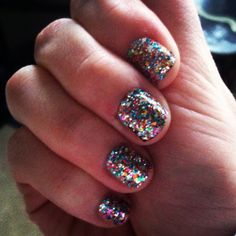 sally hansen salon effects in frock star… i love how bold the glitter is, haha. most glitter nail polish you hardly see.
