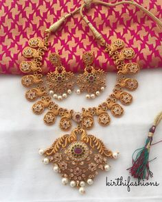 3 Brands To Shop Exotic Imitation Jewellery Online Gold Jewelry Simple, Gold Wedding Jewelry, Bridal Jewelry, Simple Necklace, Jewelry Art, Gold Earrings Models, Silver Shop, Imitation Jewelry, Gold Jewellery Design