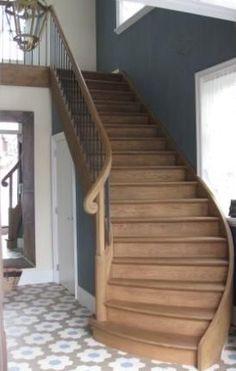 Witte trap met zwarte spijlen google zoeken idee n voor het huis pinterest met and doors - Redo houten trap ...