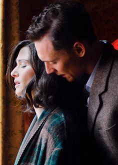 "Rachel Weisz & Tom Hiddleston in ""The Deep Blue Sea"""