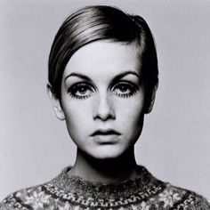 Twiggy. Beautiful Twiggy!
