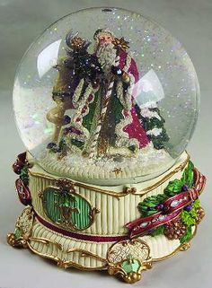 Google Image Result for http://images.replacements.com/images/images5/china/F/fitz_floyd_florentine_christmas_giftware_musical_water_globe_P0000182572S0020T2.jpg