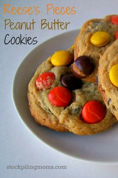 Reese's Pieces Peanut Butter Cookies  http://www.stockpilingmoms.com/2012/12/reeses-pieces-peanut-butter-cookies/