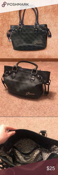 Guess Leather Purse Good condition Guess Leather Purse. Super cute, good condition, I just don't use it enough! Make an offer :-) Guess Bags