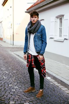 Casual (Winter) - Jean shirt open + skinny jeans + PLaid shirt tied around the waist. Not in love with the scarf, looks a bit too much. Fashion Mode, Look Fashion, Autumn Fashion, Mens Fashion, Fashion Trends, Fashion Menswear, Fashion Styles, Street Fashion, Nail Fashion