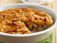 Ground beef combines with bacon to add a delicious flavor to this easy cheeseburger pie - perfect when you want dinner to be ready in 50 minutes.