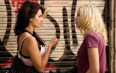 Glamorously Seductive Scarlett Johansson ...A la mode Hairstyles... She starred as Jordan Two Delta in The Island (2005)