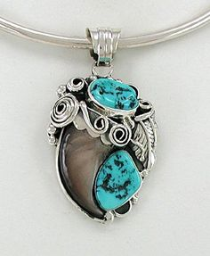 Native American bear claw pendant Navajo Sterling Silver and turquoise by Betty Bitsie Turquoise Jewelry, Turquoise Bracelet, American Art, Native American, Bear Claws, Navajo Jewelry, My Heritage, Cherokee, Pendant Jewelry