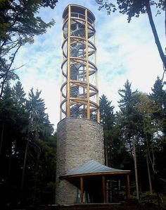 Galerie - Rozhledna Mařenka (Rozhledna) • Mapy.cz Lookout Tower, Wide World, Beautiful Places To Travel, Water Tower, Czech Republic, Plumbing, Perspective, Adventure, Building