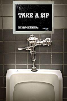 Guerrilla marketing en el baño de caballeros - waterkills