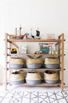 Insanely Bedroom Storage Ideas - To make this happen, you can start by changing the bedroom storage. Here are some bedroom storage ideas for your home Casa Kids, Bohemian Kids, Toy Shelves, Playroom Shelves, Shelving For Kids Room, Kids Playroom Storage, Bookshelf Ideas, Playroom Organization, Playroom Ideas