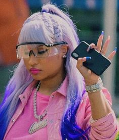 Find images and videos about make up, baddie and rapper on We Heart It - the app to get lost in what you love. Nicki Minaj Outfits, Nicki Minaj Barbie, Nicki Manaj, Nicki Minaj Pictures, Nicki Baby, Nicki Minaj Wallpaper, Sunglasses For Your Face Shape, Rapper, Divas