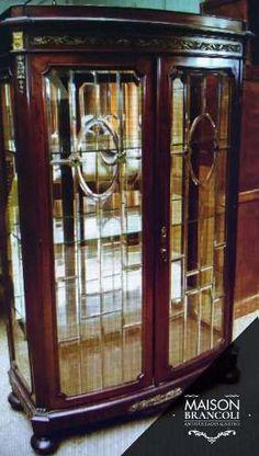 Cristalero Con Vidrio Vicelado Y Bombé en venta en Lobos Buenos Aires Interior por sólo $ 30000,00 - CompraCompras.com Argentina