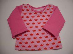 Wunderschönes Jersey Shirt für die Kleinsten. Angenehm zu tragen und mit einen Englischen Halsausschnitt zum leichten an und ausziehen.     *HInwei...