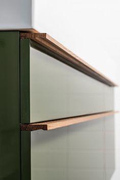 Home Interior Colour .Home Interior Colour Timber Furniture, Furniture Handles, Kitchen Furniture, Kitchen Interior, Diy Furniture, Furniture Design, Furniture Quotes, Joinery Details, Kitchen Handles