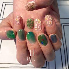 111NAILさんはInstagramを利用しています:「▫️◻️ #nail#art#nailart#ネイル#ネイルアート #アシメネイル#絵画風ネイル#Flower#beautifl #手書きアート#illustration #paint…」