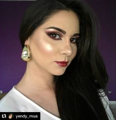 @yendy_mua finishes off her polished look with the Eyebrows Essential Kit in Black Brown (EBK115).   #repost #kleancolor #brows #eyebrows #eyebrowsessentialkit #blackbrown #polished #mua #makeup #cosmetics #beauty