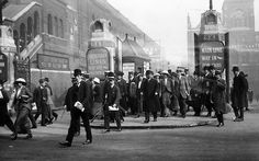 26 incredible early photographs of London - image 201 of 26