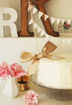LOVE this cake idea...so simple and adorable!